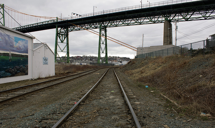 Railway to MacDonald Bridge