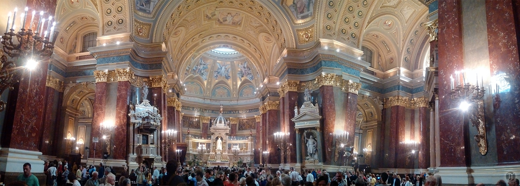 Panoramic view of Budapest's Basilica