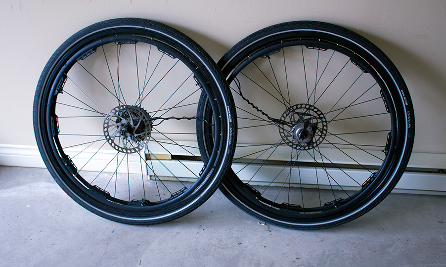 "29"" Winter Rims with Revolights"